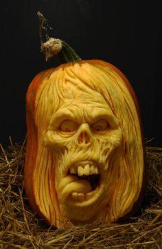 Best pumpkin carver there is! Ray Villafane! FABULOUS art!