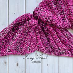 Pink mermaid tail blanket, crochet mermaid tail blanket, mermaid tail, mermaid blanket