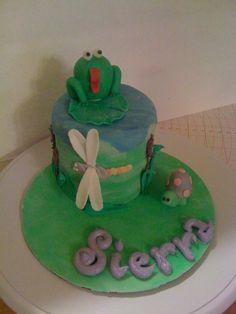 Mini Frog Cake.