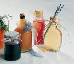 Make a delicious herbal syrup to top off your breakfast--you and your family will love these herb and fruit syrups including: strawberry syrup, vanilla syrup and even a sweet rosemary recipe. Rosemary Recipes, Herb Recipes, Side Recipes, Brunch Recipes, Healthy Recipes, Vanilla Syrup, Strawberry Syrup, Herbal Remedies, Herbalism