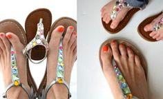 Sandalias-decoradas-con-piedras-de-strass-de-colores.jpg
