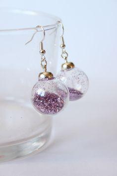 Boucles d'oreilles boules en verre et paillettes fuschia - boucle d oreille percée - Les Fimofolie's - Fait Maison