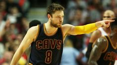 Reserves Matthew Dellavedova, J.R. Smith help Cavs close out Bulls