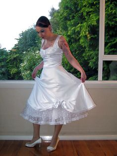 Wedding Dress in Full Skirted 1950s Pin up by PixiePocket on Etsy, $270.00