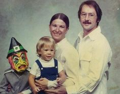 I had that witch mask. It smelled like toxic plastic and the 70's.