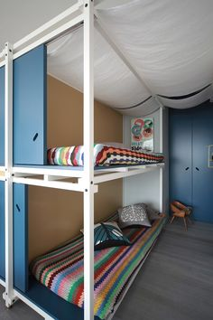 Fun House by UdA Architetti - Holiday Apartment Renovation in Juan Les Pins, France Holiday Apartments, Small Apartments, Kid Spaces, Small Spaces, Living Spaces, Mini Loft, Juan Les Pins, Casas Containers, Apartment Renovation