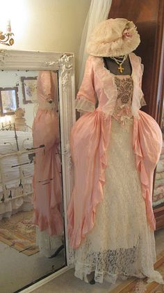 marie antoinette dress...thank u Lord that I dont have to wear a pedicoat like this....I think this is pretty.