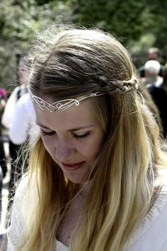 Elven Whisper circlet - $139.99 : Medieval Bridal Fashions, Circlets, Headpieces, Necklaces and Bracelets for your Renaissance, Celtic or Elven Wedding!
