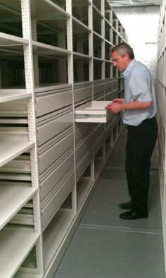 Maxstor heavy duty racking and shelving is flexible enough to work with drawers and other storage to allow flexible storage in any warehouse. http://www.compactstorage.co.uk/mobile-shelving/maxstor/