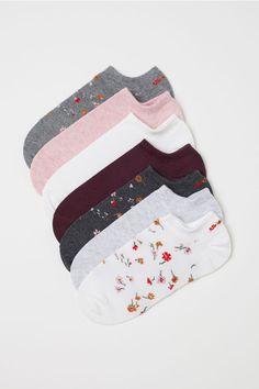 H&M Ankle Socks Gray 2019 Ankle Socks Gray/floral Ladies Funky Socks, Cute Socks, Mochila Adidas, Short Socks, Kids Socks, Baby Socks, Liner Socks, Kids Outfits Girls, Fashion Socks