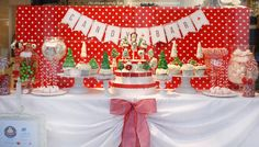 Cupcake City – Hannover Christmas Candy Bar // Sweet Table