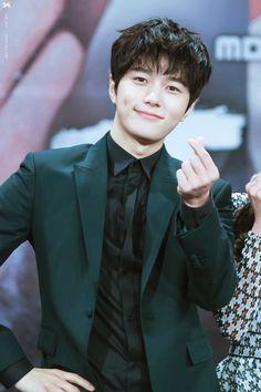 all for myungsoo Park Hyung Sik, Korean Music, Korean Drama, Asian Actors, Korean Actors, Kim Myungsoo, Infinite Members, Kim Min Gyu, Nostalgia
