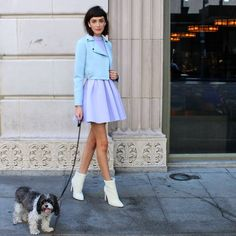 Look extra cute - even when walkin' the dog #behindthescenes