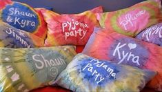 Personalized Tie-Dye Pillow Cases With Acrylic Paint : personalized tie dye pil. : Personalized Tie-Dye Pillow Cases With Acrylic Paint : personalized tie dye pillow cases with acrylic paint Tie Dye Crafts, Crafts To Do, Diy Crafts For Kids, Diy Tie Dye Paint, Easy Crafts, Summer Crafts, Summer Art, Preschool Crafts, Pillow Case Crafts