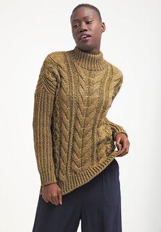 Hübscher #Pullover in #Beige von #New #Look. Der Pullover hält warm und überzeugt mit seinem schönen #Strickmuster. ♥ ab 44,95 €