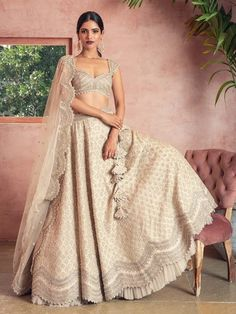 From traditional lehengas & sarees to modern bridal designs fusing South Asian & Western styles, here are the best designers for your wedding.