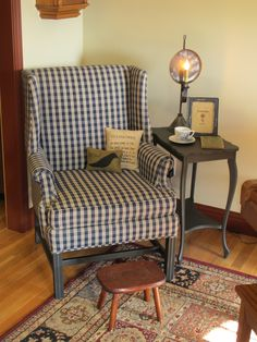 Superieur Colonial Inspired Reading Nook!