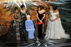 NASA mathematician Katherine Johnson L) appears onstage with (L-R) actors Janelle Monae, Taraji P. Henson and Octavia Spencer during the Annual Academy Awards at Hollywood & Highland Center on February 2017 in Hollywood, California. Divas, Afro, Virginia, Katherine Johnson, Oscars 2017, Octavia Spencer, Hidden Figures, The Best Films, Vanity Fair Oscar Party
