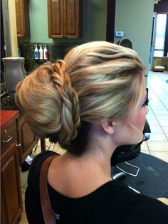 Hair ideas for Military formals. Lots of wedding/prom hair ideas -- not all updos from Hair and Make-up by Steph. Pin now, read later....would ya look at that haha