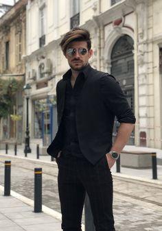 In total black with sunglasses Total Black, Sunglasses, Style, Fashion, Moda, Fashion Styles, Eyewear, Fashion Illustrations, Stylus