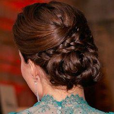 ...A closer look at the braided bun. #katemiddleton #royals #hair
