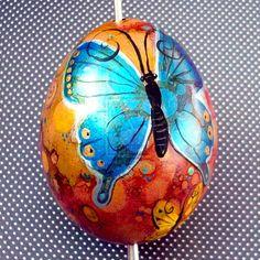 Hand+Painted+Butterfly+Egg+1+by+MandarinMoon.deviantart.com+on+@DeviantArt