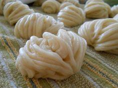 Baking With Em&M: Hua Juan and Sao Bing