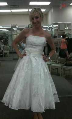 galina 250 size 0 new un altered wedding dresses