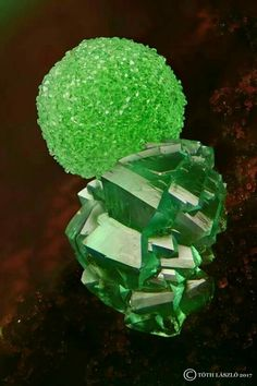 Conichalcite and Adamite