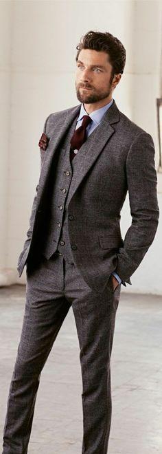 costume gris anthracite pour les hommes modernes et chic                                                                                                                                                                                 Plus