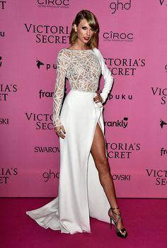Taylor Swift Victoria Secret Fashion Show 2014. She did that !