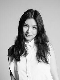 Jiseung Lee fashion designer