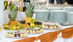 wedding sever sets decorating ideas   http://www.recipes4us.co.uk/images/Buffet%20Table%20Main%20crp.jpg