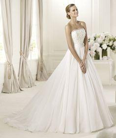 Pronovias vous présente la robe de mariée Delta. Fashion 2013.   Pronovias