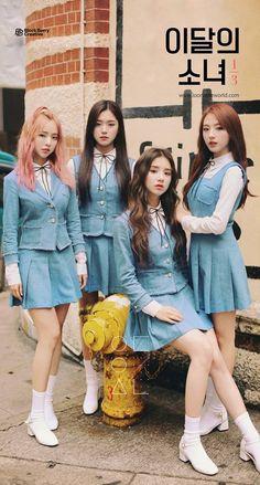 reveals first group teaser image of subunit LOO? Kpop Girl Groups, Korean Girl Groups, Kpop Girls, Look Girl, My Girl, Korean Best Friends, Olivia Hye, Ulzzang Girl, South Korean Girls