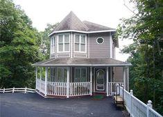 Gatlinburg Vacation Rentals - Gatlinburg Cabin / Bungalow - 1031 A Victorian Place - Victorian Place Ext