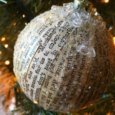 I'm really loving how my #ToKillaMockingbird ornaments turned out. I had a few discarded books, so I ✂️some of my favorite passages and glued them (using Modge Podge matte glue) to plastic balls. I topped with clear glitter. I'm going to put passa