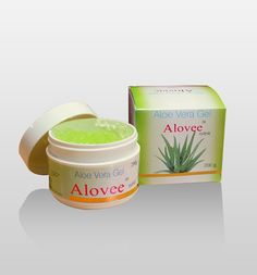 Organic Aloe Vera Gel keeps the skin moist, removes dryness, wrinkles, makes the skin lively and tightens the skin.