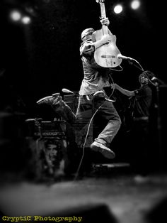Tom Morello Tom Morello, El Rock And Roll, Rage Against The Machine, Rock Artists, Metal Stars, Alternative Music, Hard Rock, My Music, Martial Arts