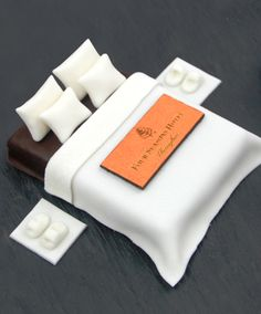 """This @Four Seasons Hotel Macao, Cotai Strip dessert gives a whole new meaning to """"sweet"""" dreams."""
