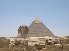 GO Egypt a great photograph of the pyramids during the global opportunity trip
