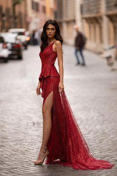 Carina - Sky Blue One-Shoulder Satin Gown with Slit & Cut-Out Detail Long Mermaid Dress, Mermaid Dresses, Elegant Dresses, Pretty Dresses, Red Glitter Dress, Red Dress Makeup, Prom Makeup, Evening Dresses, Prom Dresses
