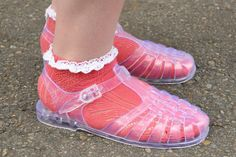 I loved my fishermans jelly sandals Jelly Shoes, Jelly Sandals, Frilly Socks, Right In The Childhood, Colorful Socks, Other Outfits, Water Shoes, I Love Fashion, Barefoot