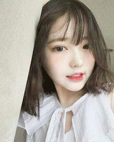 Mẫu Pretty Asian, Beautiful Asian Girls, Choi Hee, Korean Short Hair, Uzzlang Girl, Cute Korean Girl, Girl Short Hair, Kawaii Girl, Tumblr Girls