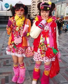 Extreme Colorful Harajuku Fashion Style Pictures