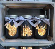 This set of 3 Walt Disney mason jars with lighting is perfect for you .This set of 3 Walt Disney mason jars with lighting is perfect for your home or . - lighting this disney Pot Mason Diy, Diy Mason Jar Lights, Mason Jar Lighting, Mason Jar Crafts, Diy Home Decor Projects, Diy Home Crafts, Creative Crafts, Decor Ideas, Diy Ideas