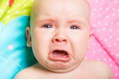 Les pleurs d'un bébé agissent sur le cerveau des adultes :  le conflit cognitif est plus important et l'attention réduite. Les pleurs de bébé ne font donc pas qu'attirer l'attention de l'adulte : ils perturbent aussi ses fonctions exécutives, c'est-à-dire les processus cognitifs et neuronaux utilisés quotidiennement pour prendre des décisions. © www.BillionPhotos.com, Shutterstock