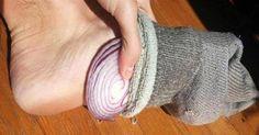 Steck' dir eine Zwiebel in die Socke und dann ab ins Bett. Ich schlafe nie wieder ohne!
