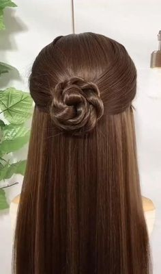 Hairdo For Long Hair, Bun Hairstyles For Long Hair, Straight Hairstyles, Simple And Easy Hairstyles, Quick Work Hairstyles, Hairstyles For Girls Easy, Front Hair Styles, Medium Hair Styles, Hair Style Vedio