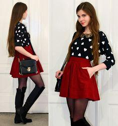 Oasap Red Pleated Skirt, Persun Mall Black Suede Knee High Boots, Ecugo Black Retro Elegant Bag, Romwe Black Heart Print Jumper, Romwe Gold Peter Pan Collar Necklace
